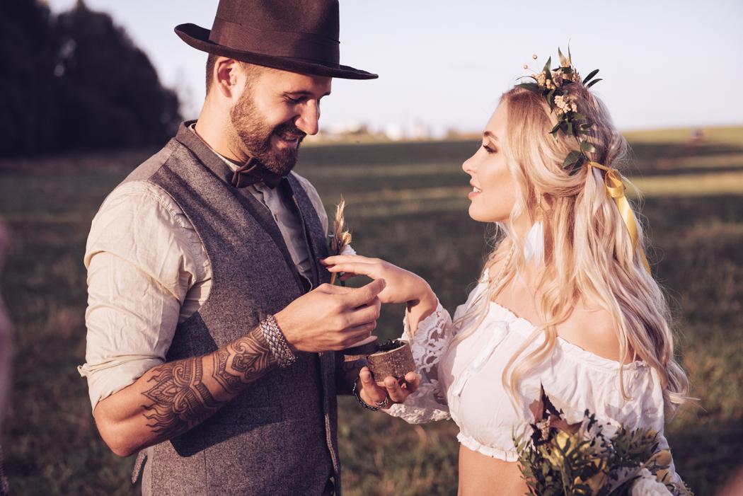 Vous êtes attirés par les décors et le style du mariage bohème ? Vous avez de la chance ! Le mariage bohème est encore et toujours au cœur des tendances